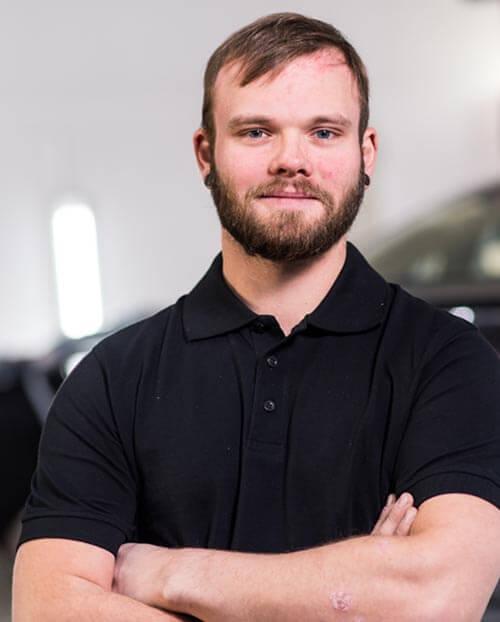 Poweleit Der Autolackierer GmbH | Unternehmen | Team 26